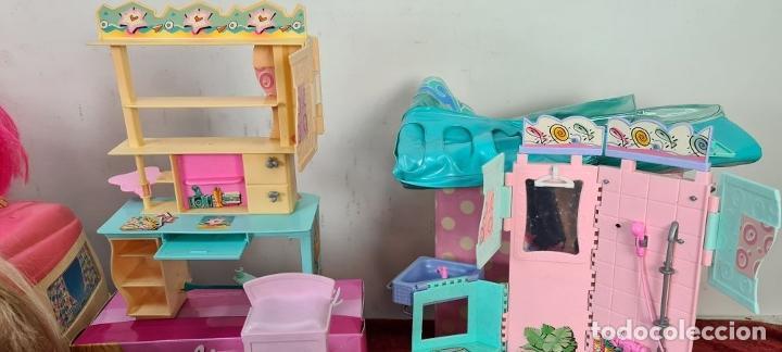 Barbie y Ken: COLECCION DE BARBIE. 6 MUÑECAS Y KENT. INFINIDAD DE ACCESORIOS. MATTEL. AÑOS 90. - Foto 7 - 221074396
