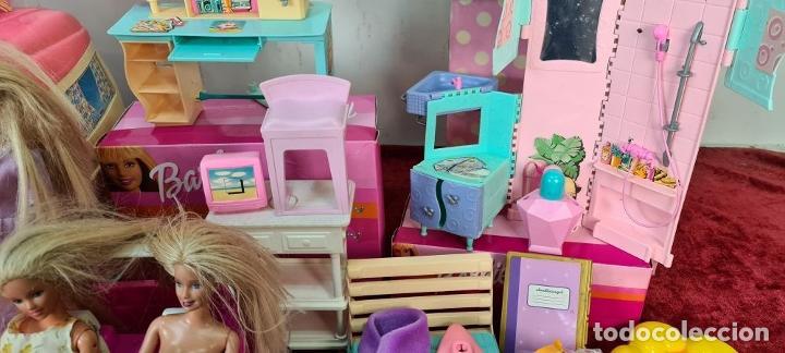Barbie y Ken: COLECCION DE BARBIE. 6 MUÑECAS Y KENT. INFINIDAD DE ACCESORIOS. MATTEL. AÑOS 90. - Foto 8 - 221074396