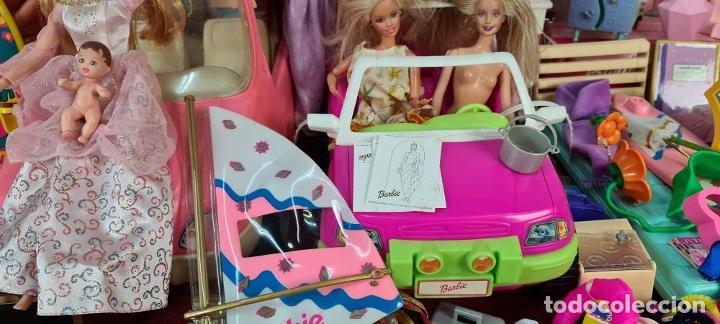 Barbie y Ken: COLECCION DE BARBIE. 6 MUÑECAS Y KENT. INFINIDAD DE ACCESORIOS. MATTEL. AÑOS 90. - Foto 10 - 221074396