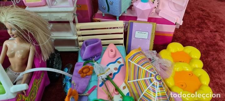 Barbie y Ken: COLECCION DE BARBIE. 6 MUÑECAS Y KENT. INFINIDAD DE ACCESORIOS. MATTEL. AÑOS 90. - Foto 11 - 221074396