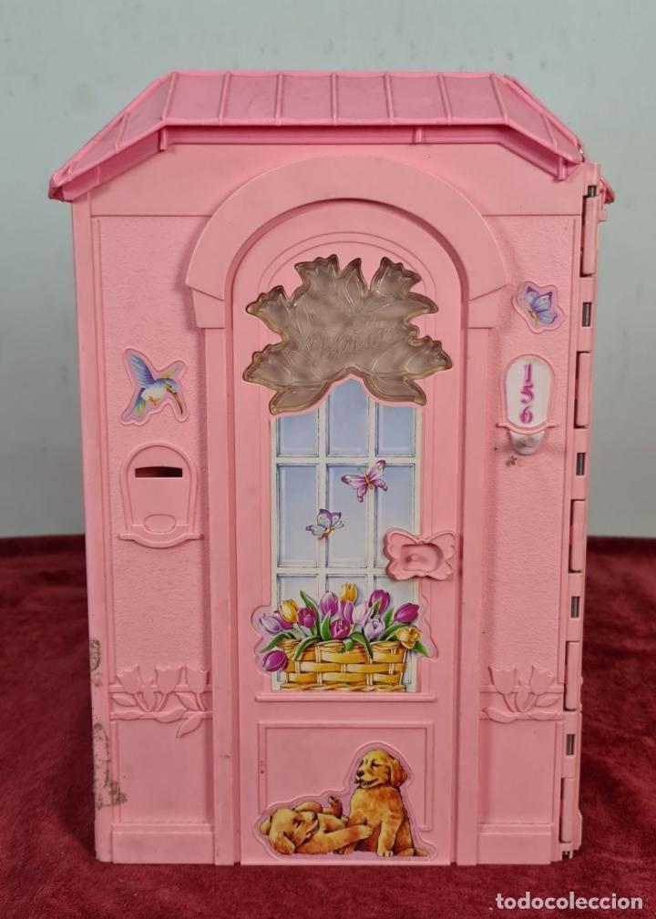 Barbie y Ken: COLECCION DE BARBIE. 6 MUÑECAS Y KENT. INFINIDAD DE ACCESORIOS. MATTEL. AÑOS 90. - Foto 28 - 221074396