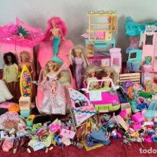 Barbie y Ken: COLECCION DE BARBIE. 6 MUÑECAS Y KENT. INFINIDAD DE ACCESORIOS. MATTEL. AÑOS 90.. Lote 221074396