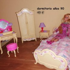 Barbie y Ken: DORMITORIO BARBIE AÑOS 90. Lote 221729743