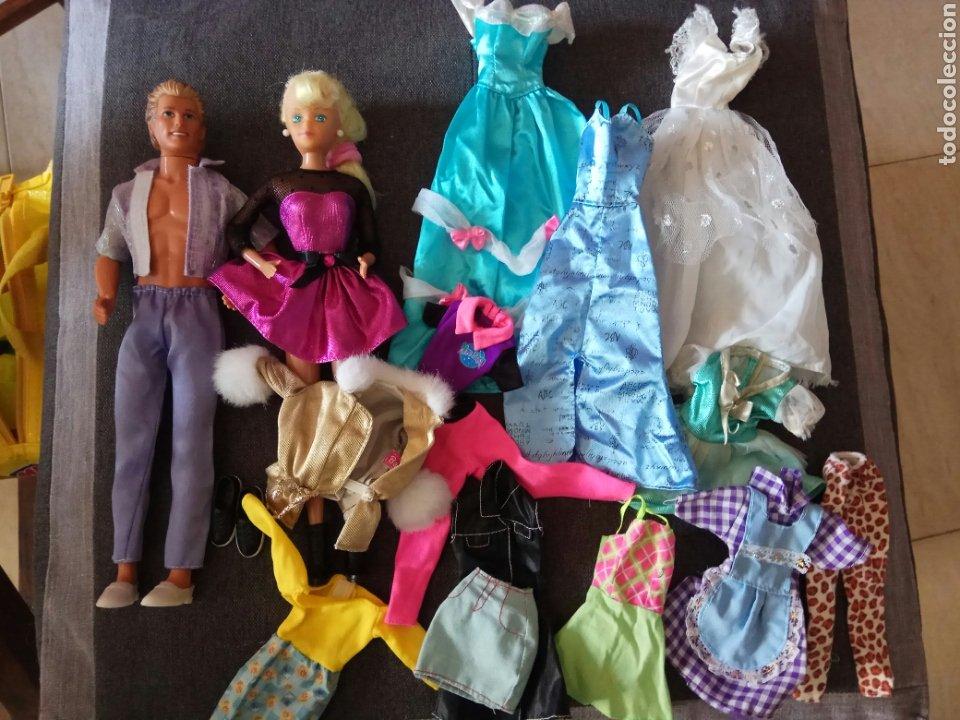 LOTE MUÑECA TIPO BARBIE KEN (Juguetes - Muñeca Extranjera Moderna - Barbie y Ken - Vestidos y Accesorios)