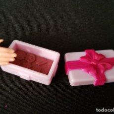 Barbie y Ken: CAJA DE BOMBONES BARBIE. Lote 222542276