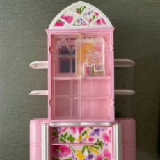 Barbie y Ken: ANTIGUO MUEBLE DOS CARAS BARBIE FUNCIONANDO. Lote 225979832