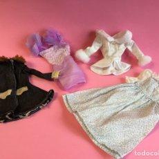 Barbie y Ken: ROPA BARBIE Y VESTIDO BARBIE FAMILIA CORAZÓN.. Lote 227029985
