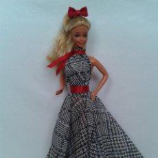 Barbie y Ken: VESTIDO DE FIESTA PARA BARBIE O MUÑECA SIMILAR. Lote 228961410