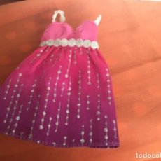 Barbie y Ken: VESTIDO MUÑECA BARBIE. Lote 236111790