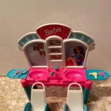 Barbie y Ken: ANTIGUO SALÓN DE BELLEZA PELUQUERÍA BARBIE. Lote 236191375