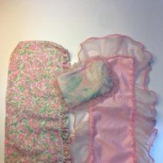 Barbie y Ken: ROPA DE CAMA BARBIE AÑOS 80 / 90, VINTAGE. SÁBANA BAJERA, EDREDÓN Y COJÍN. Lote 236209520