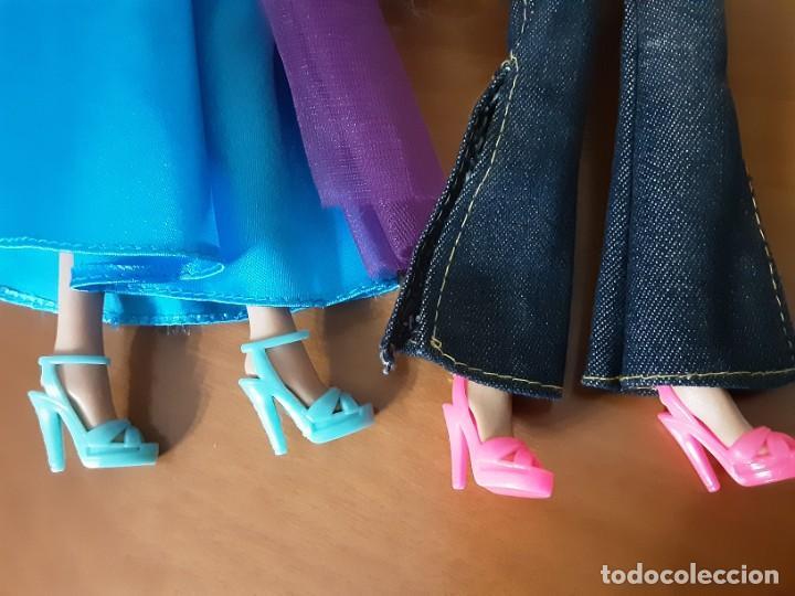 Barbie y Ken: Lote dos barbie - Foto 10 - 233889595
