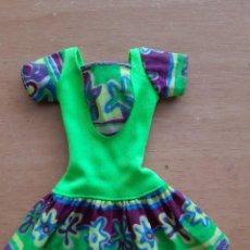 Barbie y Ken: VESTIDO BARBIE DE LOS 90. Lote 240636280