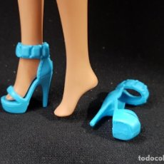 Barbie y Ken: ZAPATOS BARBIE FASHIONISTA. Lote 240961295