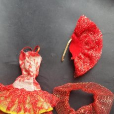 Barbie y Ken: BARBIE CONJUNTO ROJO DORADO AÑOS 80. Lote 244911345