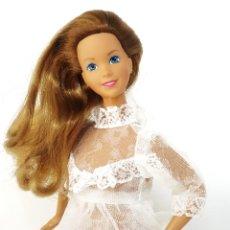Barbie y Ken: VESTIDO DE NOVIA SIN MARCA TALLA BARBIE. Lote 245593330