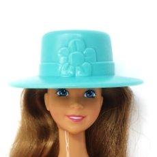 Barbie y Ken: SOMBRERO FASHION TOUCHES DE BARBIE, 1993 MATTEL. Lote 245600110