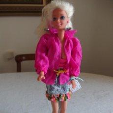 Barbie y Ken: MUÑECA BARBIE. Lote 246335195