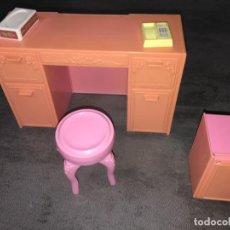 Barbie y Ken: COMADOR TOCADOR DE BARBIE. Lote 252966005