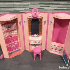 Barbie y Ken: ARMARIO HEXAGONAL PLEGABLE DE BARBIE. Lote 252966800