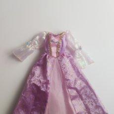 Barbie y Ken: VESTIDO ORIGINAL DE BARBIE PRINCESA RAPUNZEL. Lote 254904415