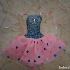 Barbie y Ken: VESTIDO DE MUÑECA BARBIE. Lote 257337990