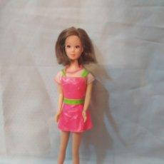 Barbie y Ken: VESTIDO ORIGINAL DE BARBIE STICKER CRAZE. Lote 258032700