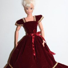 Barbie e Ken: ROPA VINTAGE DE BARBIE. Lote 262087540