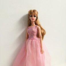 Barbie y Ken: VESTIDO FASHION AVENUE FIESTA TUL ROSA AÑOS 90 BARBIE. Lote 262345280