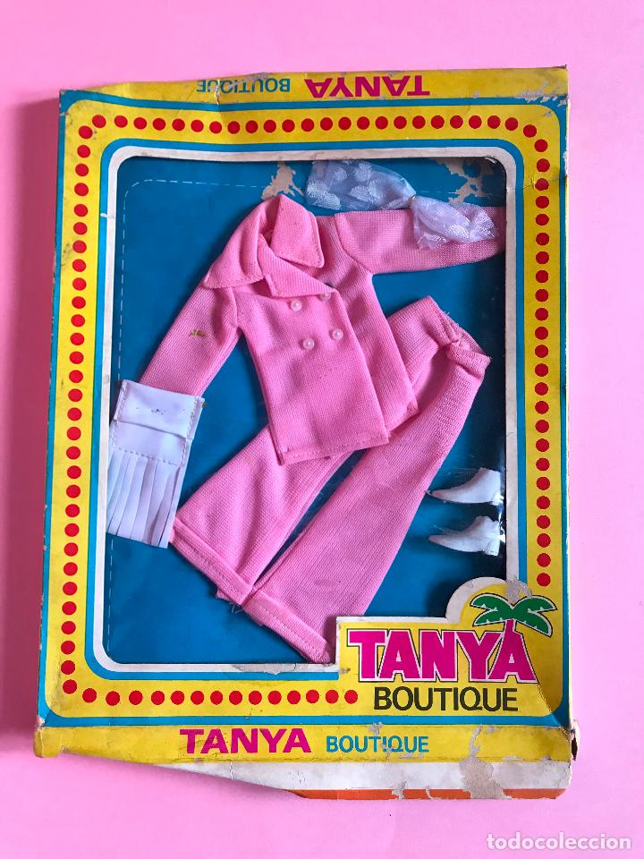 BLISTER CONJUNTO TANYA ESTILO BARBIE AÑOS 70 (Juguetes - Muñeca Extranjera Moderna - Barbie y Ken - Vestidos y Accesorios)