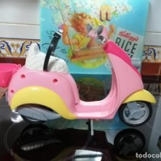 Barbie y Ken: VESPA DE BARBIE TAL COMO SE VE. Lote 267314589