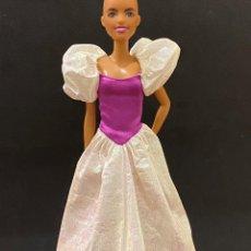 Barbie y Ken: VESTIDO LARGO BARBIE. Lote 268809644