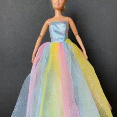 Barbie et Ken: VESTIDO LARGO BARBIE. Lote 269325108