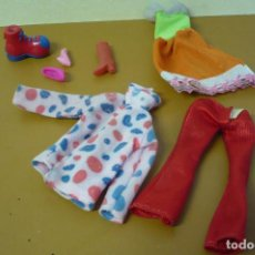 Barbie y Ken: ROPA DE BARBIE. Lote 270912393