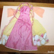 Barbie y Ken: BARBIE VESTIDO COLECCIÓN VESTIDOS DEL MUNDO - IRLANDA - RETIRADO DE LA TARJETA - INCOMPLETO. Lote 274683993