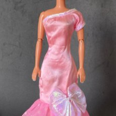 Barbie y Ken: VESTIDO LARGO BARBIE. Lote 277131378