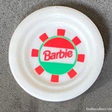 Barbie y Ken: ACESORIOS DE COCINA BARBIE PLATO DECORATIVO. Lote 277133783