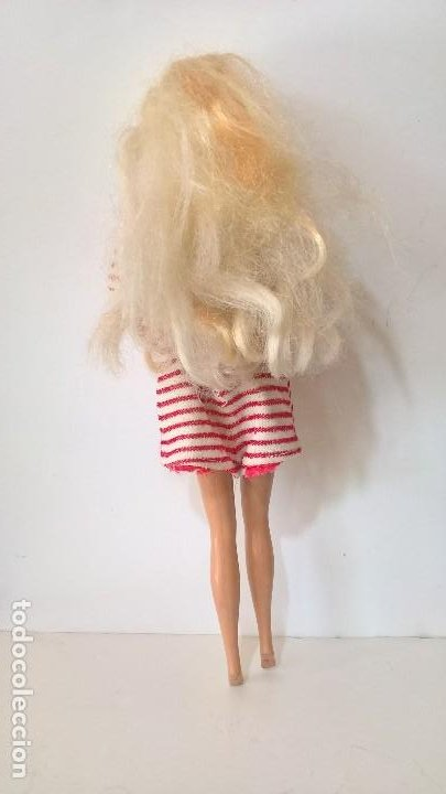Barbie y Ken: Barbie. Mattel Inc 1966 China. Cabeza Mattel Inc 1976. Con ropa. - Foto 3 - 284734533