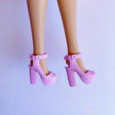 Barbie y Ken: ZAPATOS BARBIE. Lote 287950598