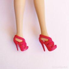Barbie y Ken: ZAPATOS BARBIE. Lote 287950673