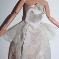 Barbie y Ken: VESTIDO - BARBIE ORIGINAL. Lote 288578103