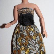 Barbie y Ken: VESTIDO - BARBIE ORIGINAL. Lote 288578623