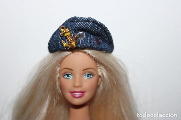 GORRA - BARBIE ORIGINAL (Juguetes - Muñeca Extranjera Moderna - Barbie y Ken - Vestidos y Accesorios)