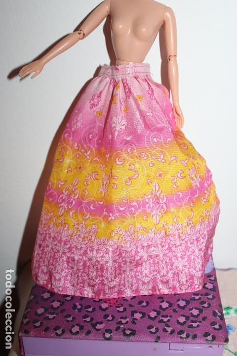 FALDA CAPA ???? - BARBIE ORIGINAL (Juguetes - Muñeca Extranjera Moderna - Barbie y Ken - Vestidos y Accesorios)