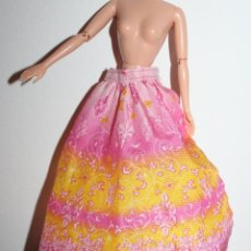 Barbie y Ken: FALDA CAPA ???? - BARBIE ORIGINAL. Lote 288578873