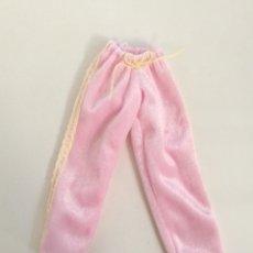 Barbie y Ken: BARBIE KRISSY BEDTIME BABY 2000 PANTALÓN ROSA. Lote 288582853