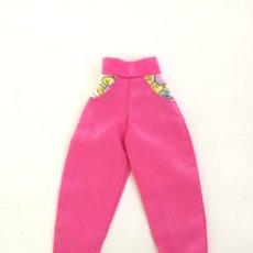 Barbie y Ken: BARBIE PANTALÓN LARGO ROSA FUCSIA AÑOS 80 90. Lote 294990178