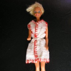 Barbie y Ken: BARBIE DE 1976. . Lote 26789466