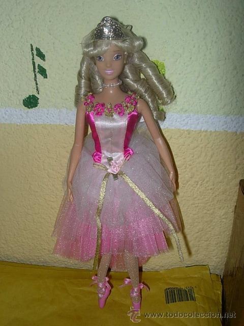 LA BELLA DURMIENTE MUÑECA BARBIE DISNEY (Juguetes - Muñeca Extranjera Moderna - Barbie y Ken)