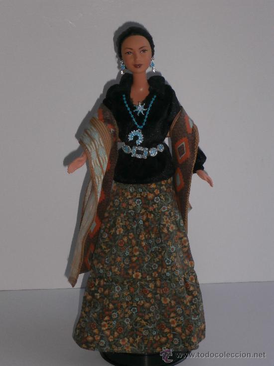 BARBIE PRINCESA INDIOS NAVAJOS (Juguetes - Muñeca Extranjera Moderna - Barbie y Ken)
